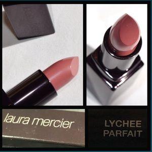 3/$25Laura Mercier crème smooth lip Lychee Parfait